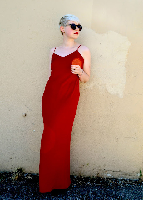 red gown, ralph lauren, fleur d'elise, blonde, look of the day, etsy