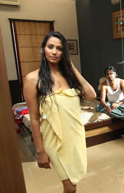 Hot Sunith shanithi.... indianudesi.com
