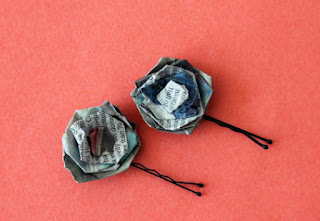 cara membuat kerajinan pin mawar dari koran bekas