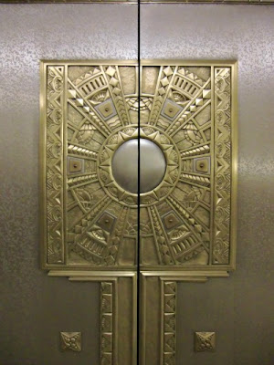 breaking social norms elevator essay