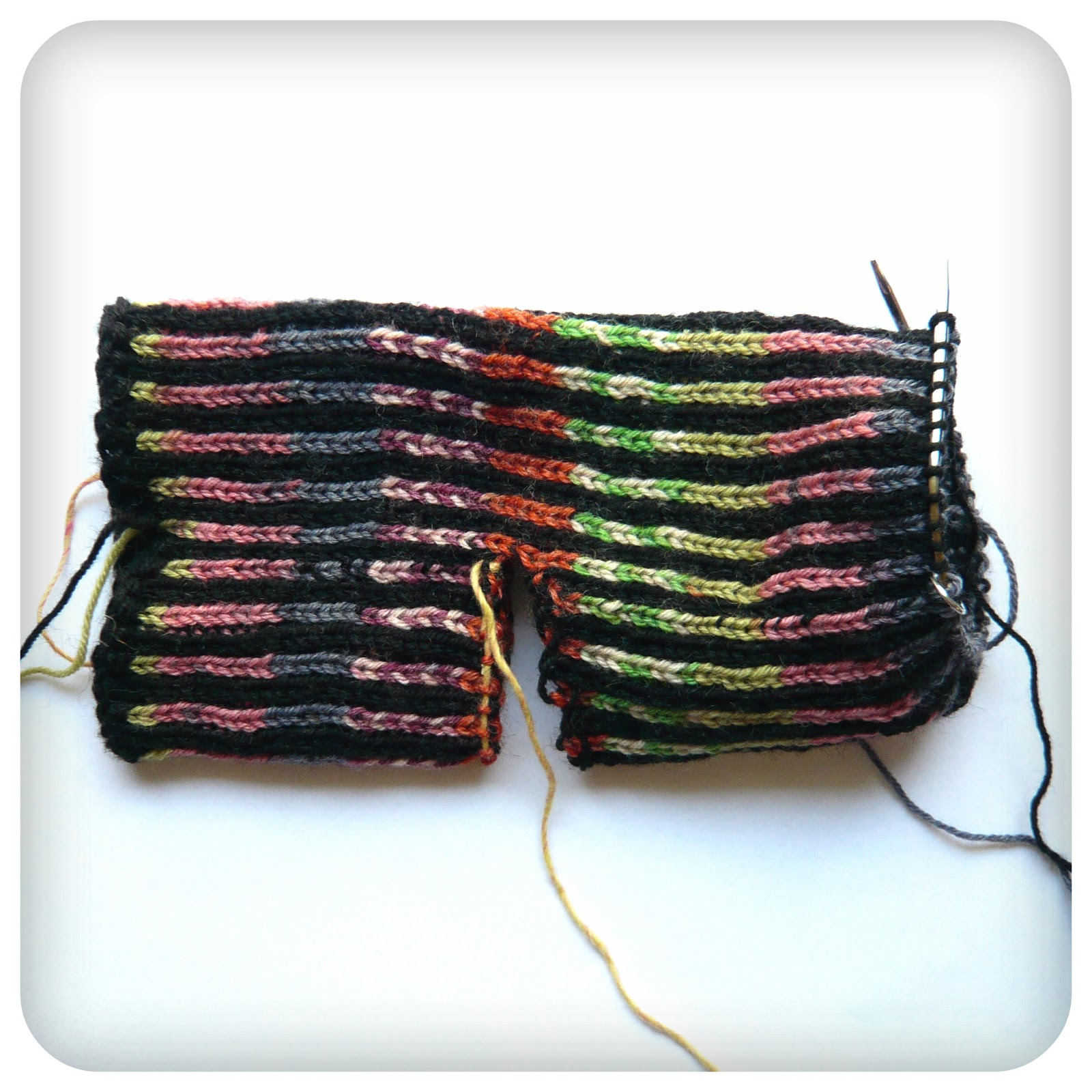 Shara Lambeth Designs: Pinwheel Socks