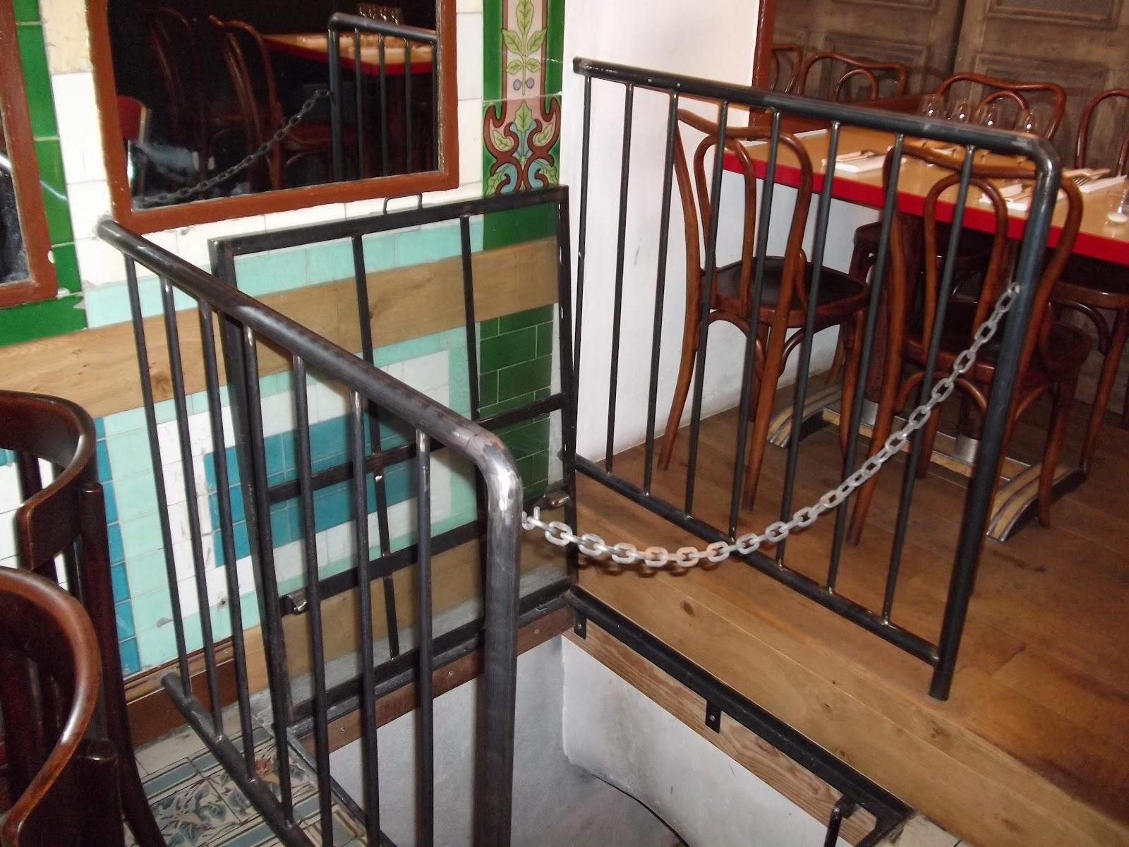 garde fou pour s curiser un escalier paris 18 me ferronnerie le fur. Black Bedroom Furniture Sets. Home Design Ideas