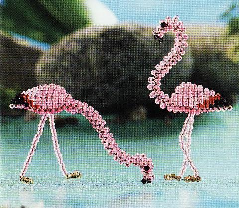 Птица розовый фламинго из