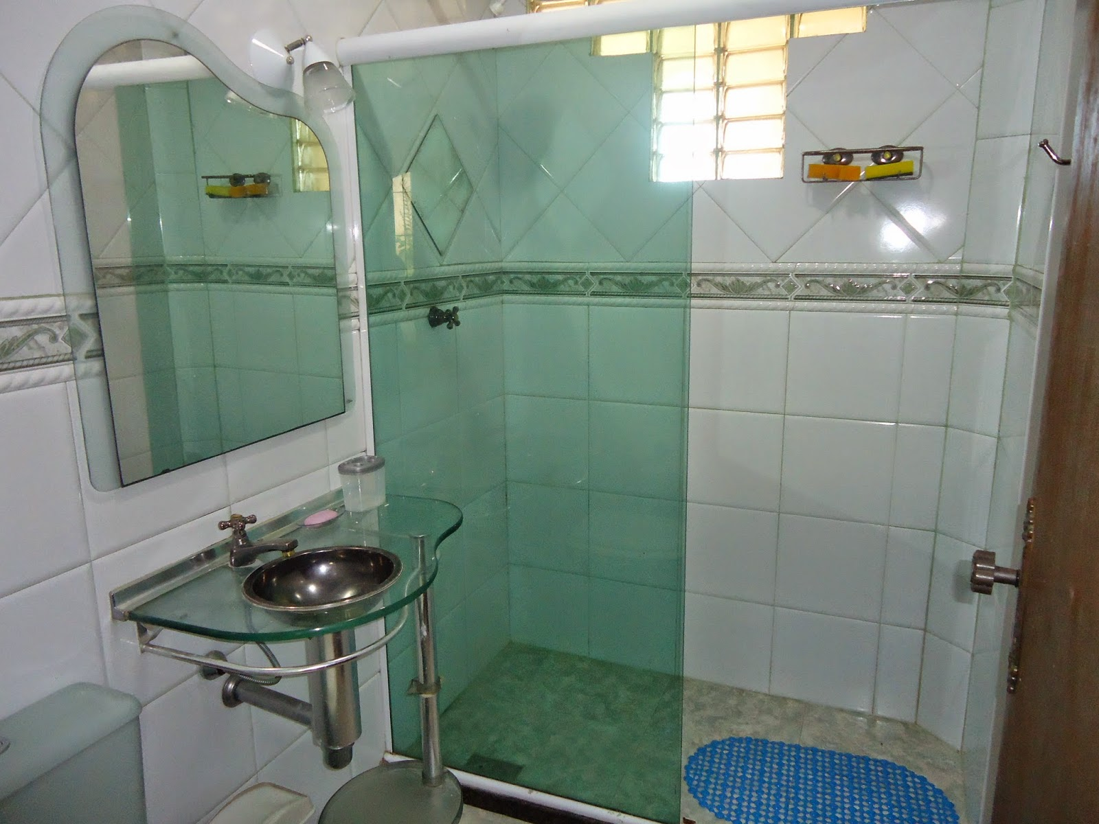 VILA DO SOSSEGO: VILA DO SOSSEGO CASA 2 Térrea 03 quartos (acomoda  #1B4C78 1600 1200