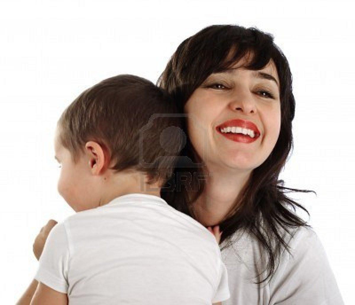 Сынок ласково будит свою маму 23 фотография