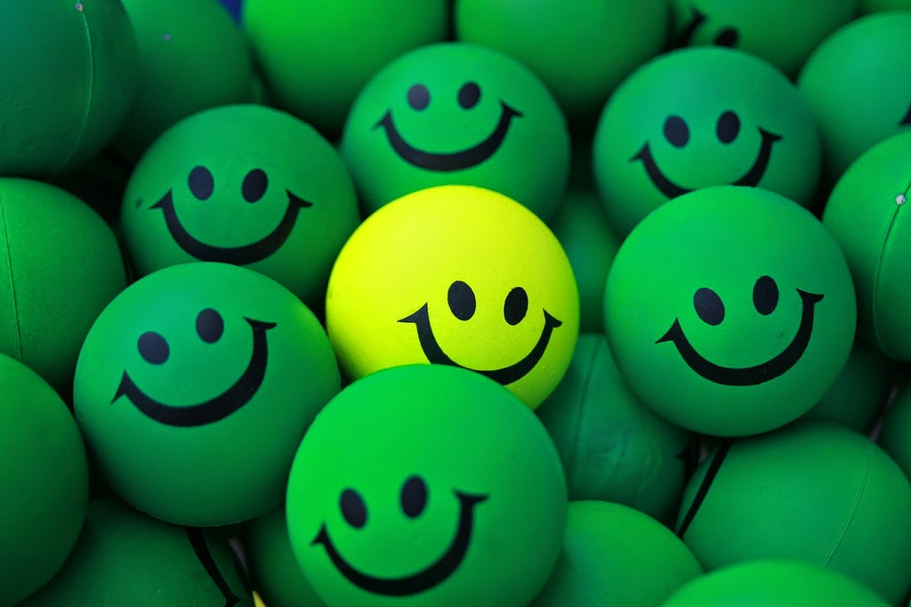 Gambar Kartun Senyum Lucu Terbaru Smily