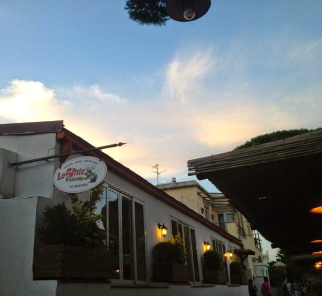 Pizza in Capri (Lo Sfizio}