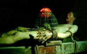 hukuman mati dengan cara dimakan tikus