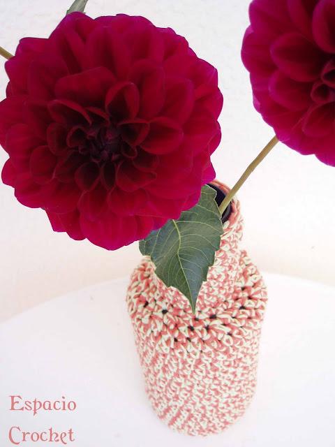 Jarrón de crochet / Crochet vase