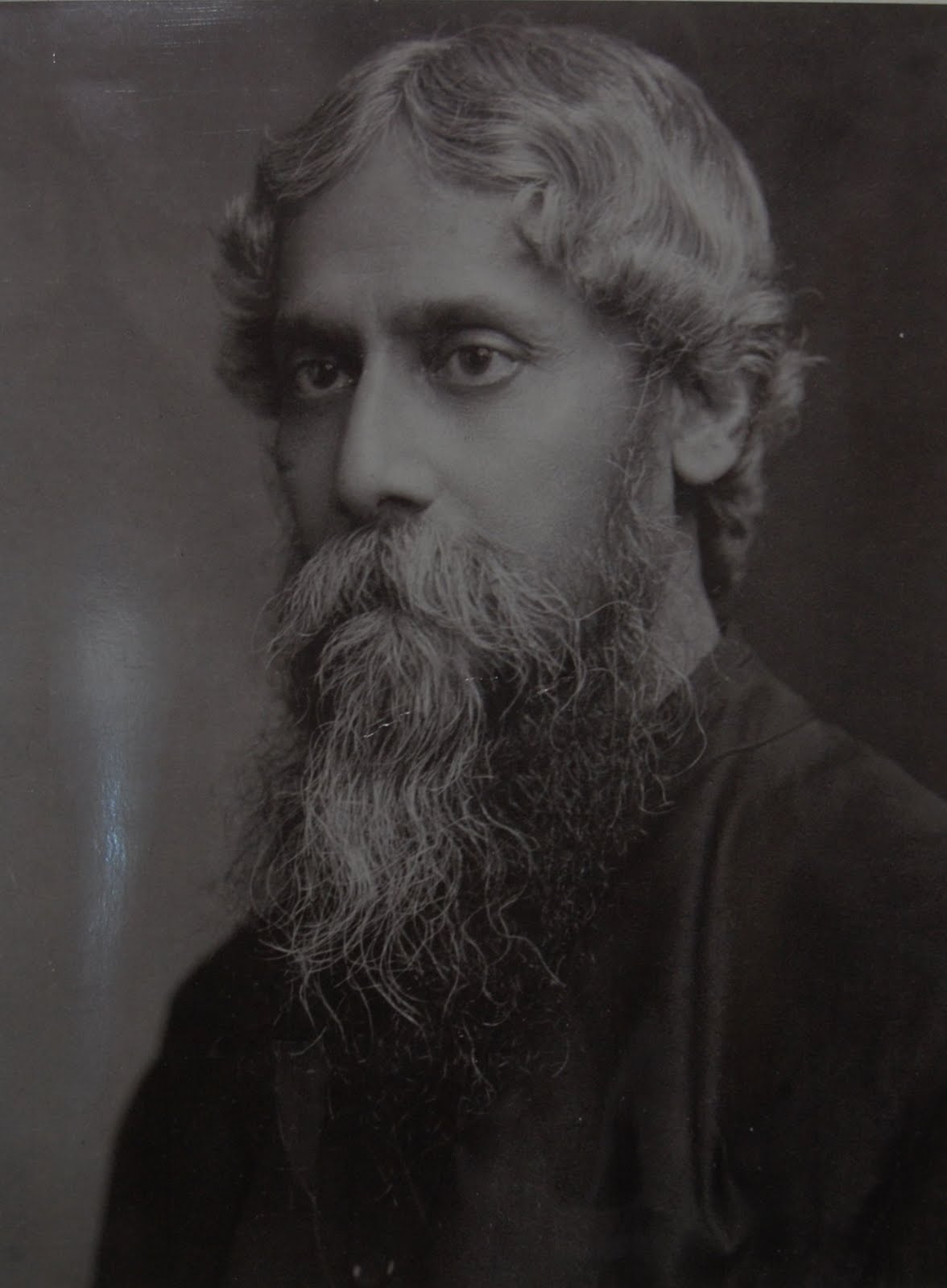 ravindra nath tagore About rabindranath tagore: awarded the nobel prize in literature in 1913  because of his profoundly sensitive, fresh and beautiful verse, by which, with.
