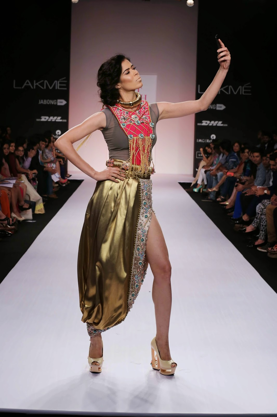 """Making her debut at Lakmé Fashion Week Summer/Resort 2014 Shubhika Davda presented her collection called """"ROAR"""" under her label """"Papa don't Preach"""". The spotlight was on intricate hand crafted trendy accessories that recreated traditional Indian touches with a twist."""