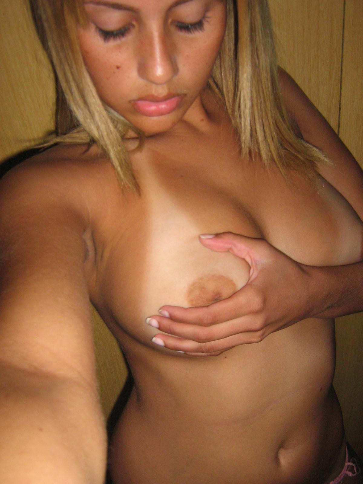 mother shows her tits