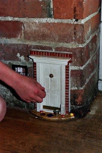 Ann arbor fairy doors arbor tool galleries for Works elf door