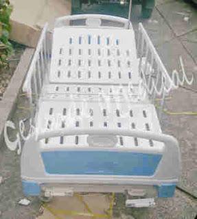 headfoot ranjang pasien warna biru muda