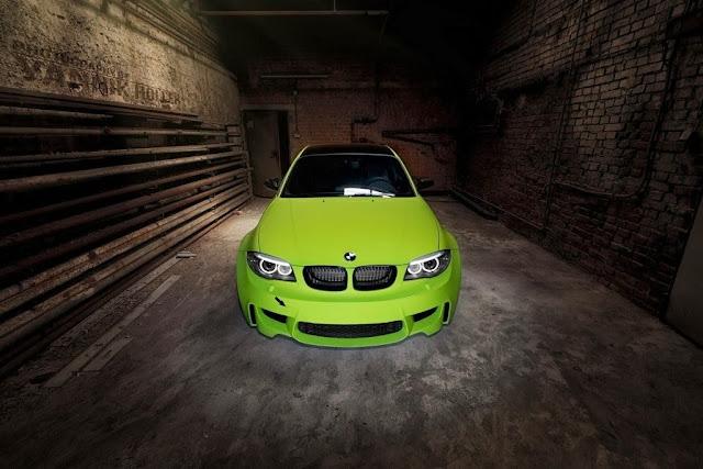 BMW M770i XDrive Car Wallpapers