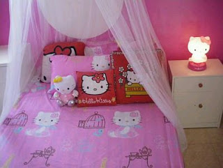 Girls Bedroom Decoration with Hello Kitty