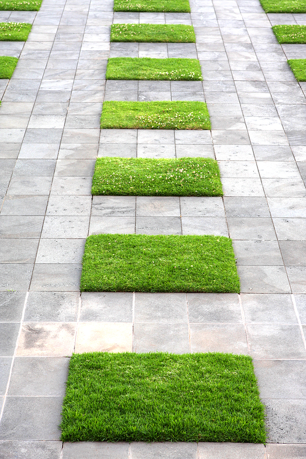 Garden design with paving stones vertical home garden for Paving stone garden designs