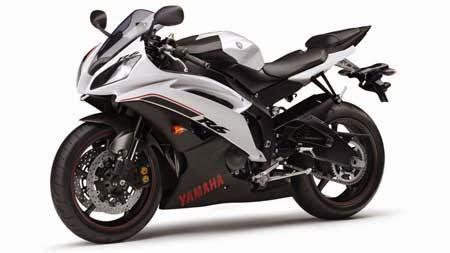 Yamaha R6 2015 Black