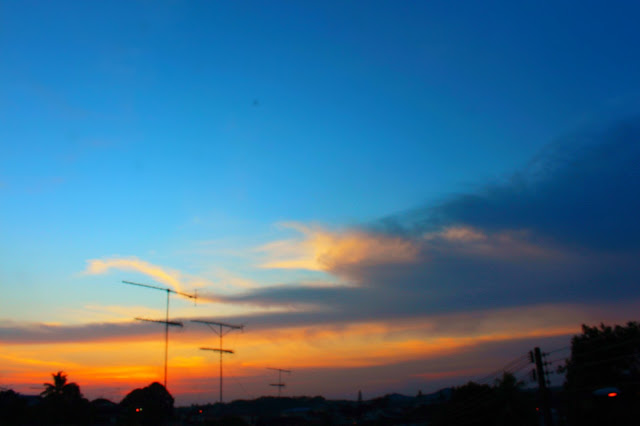 Foto-foto Senja Atau Sunset Dengan Camera DSLR