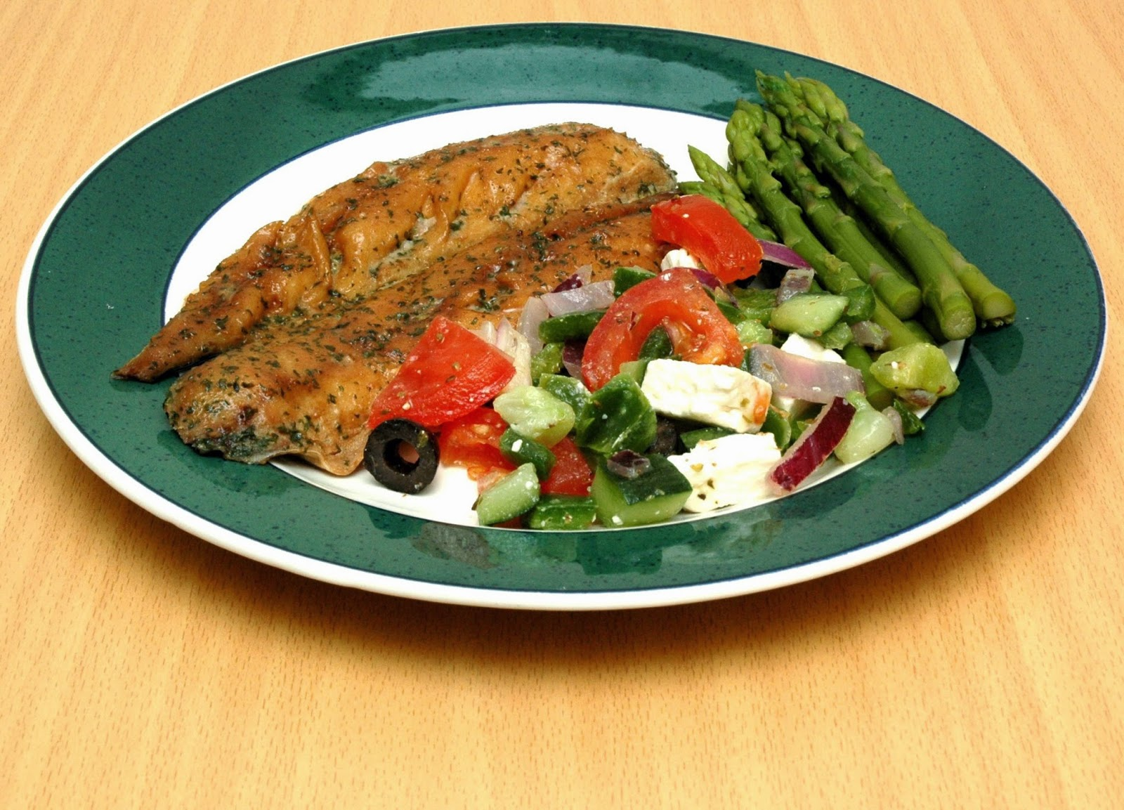 What did you have for dinner tonight? - Page 9 Mackerel+and+Greek+salad