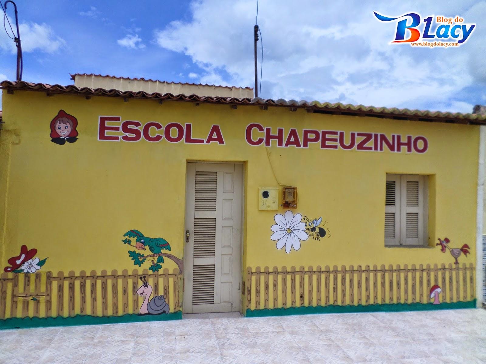 ESCOLA CHAPEUZINHO EM LIMA CAMPOS - CEARÁ