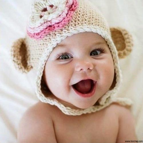 Images gratuites bébé mignon avec beau sourire