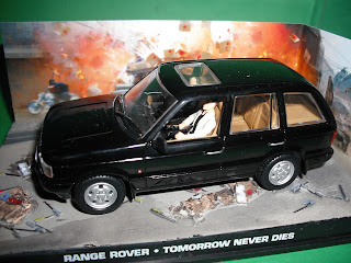 Vendo Miniaturas Land Rover / RANGE ROVER Range+Rover+P38+-+James+Bond+Tomorrow+Never+Dies