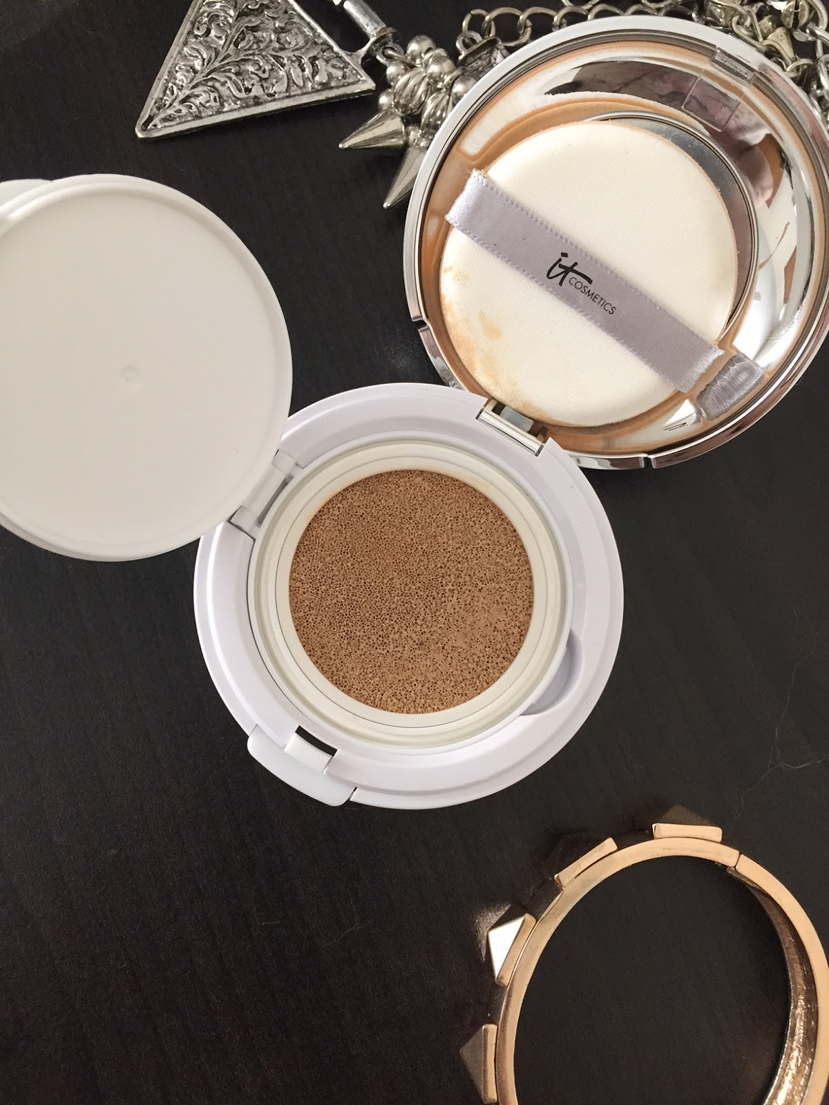 Cushion Foundation It Cosmetics