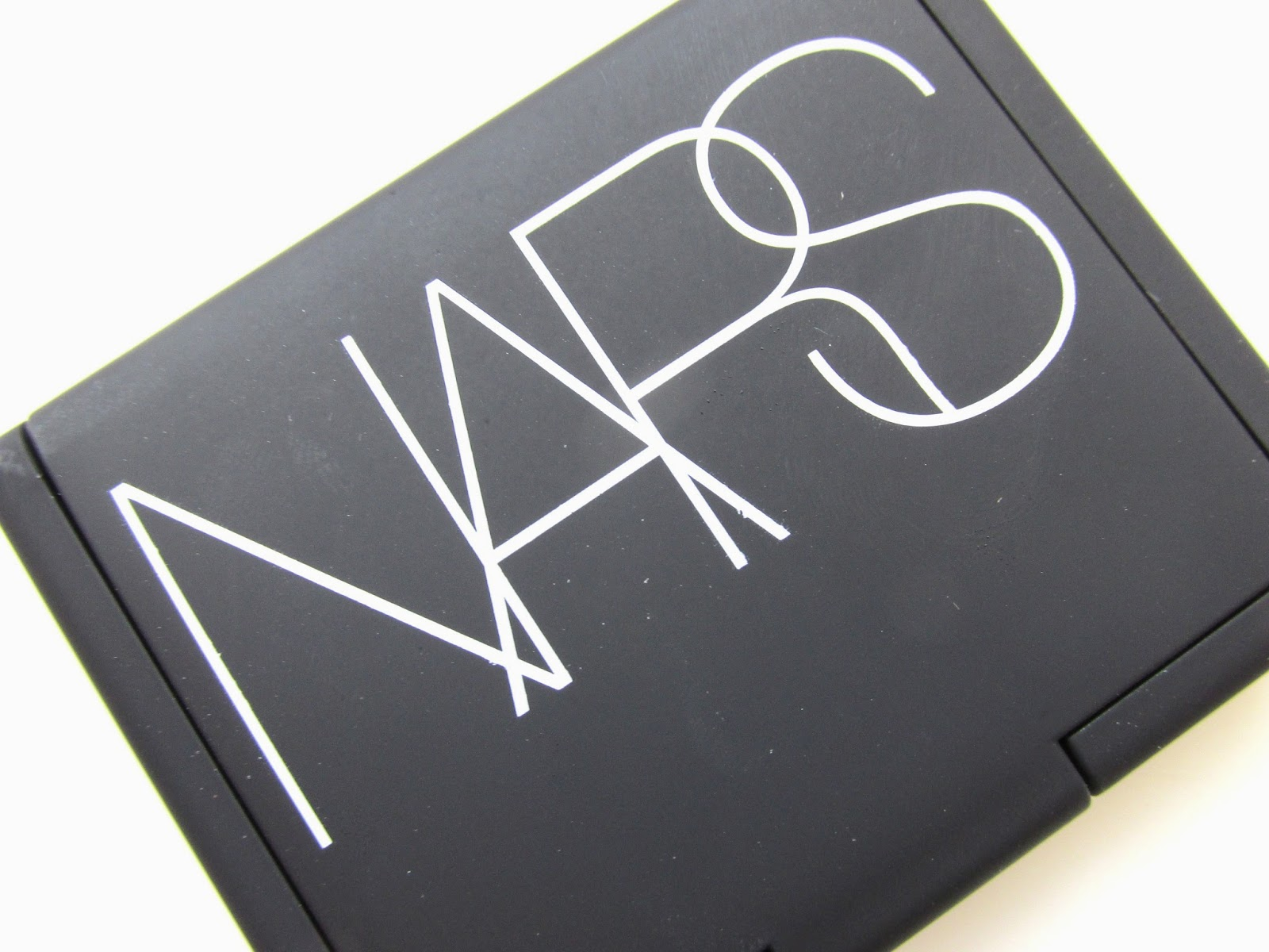 Review-and-Swatches-NARS-Blush-Dolce-Vita