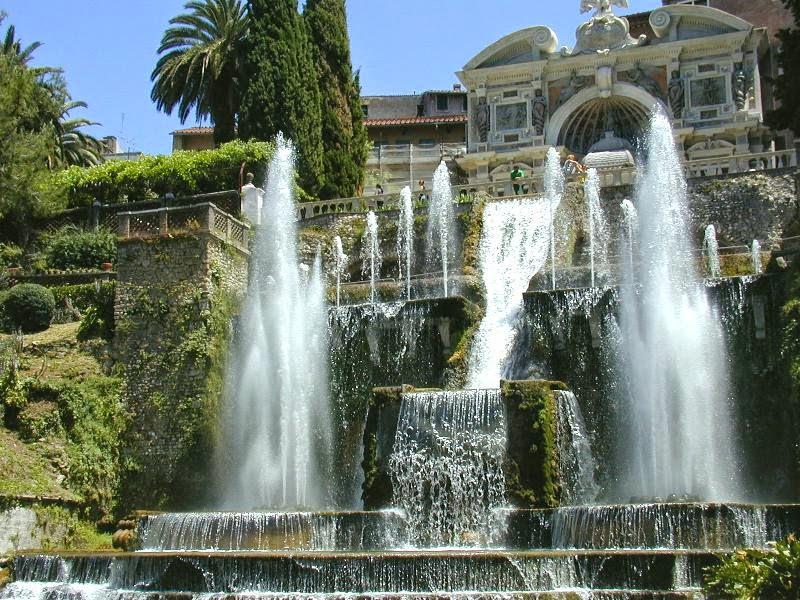 """Domenica  5 ottobre  h. 11.00 Villa D'Este *con biglietto d'ingresso """"Gratuito"""" prima domenica del mese (max 30 partecipanti)"""