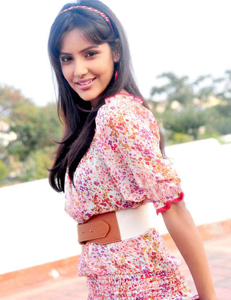 Cute priya anand photoshoot