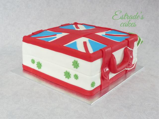 tarta cuadrada de maleta británica-4