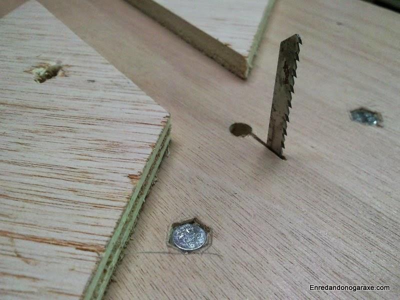 Corte fácil con la sierra de vaivén de mesa. Enredandonogaraxe.com