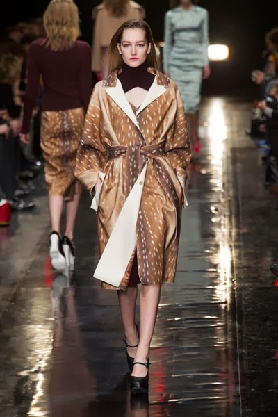 2013 Fall Carven Deer Print Bathrobe Coat