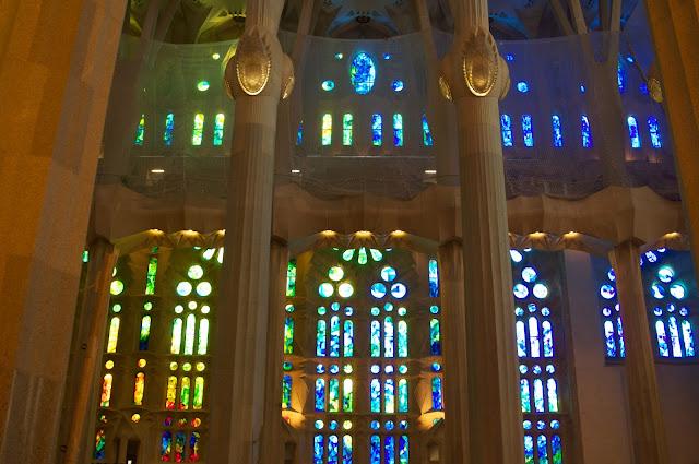 wisata, travelling,gereja, Basilica De La Sagrada Familia, Barcelona, Spanyol, Antoni Gaudi