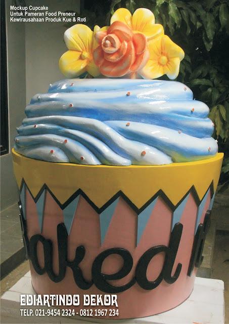 Mockup Cup cake  Styrefoam