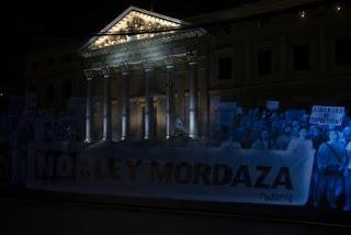 Contra la Ley Mordaza frente al Congreso