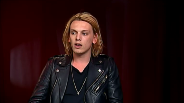 Music n 39 more hot man thursday jamie campbell bower for Anne gellert
