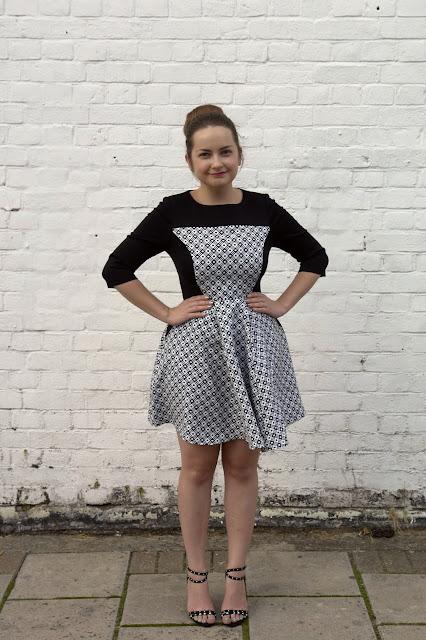 WHAT I WORE TODAY: monochrome optical illusion dress WIWT, WHAT I WORE TODAY, monochrome, black and white, dresses, ASOS, heel, New Look, hair bun, petite, uk fashion, blogger, ASOS PETITE Exclusive Skater Dress With Textured Panel