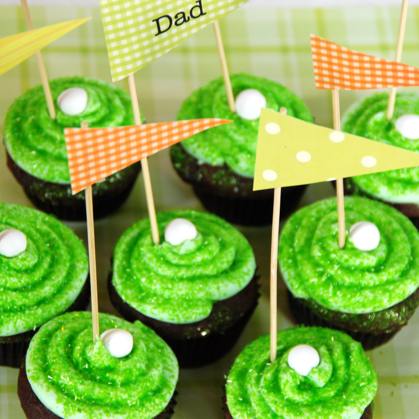 simple girl father 39 s day tee time cupcakes msc. Black Bedroom Furniture Sets. Home Design Ideas