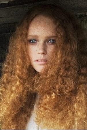puisque la sexualit des femmes est dsormais accepte dans la socit la rousseur fminine est maintenant recherche comme atout de sduction - Coloration Blond Venitien Roux