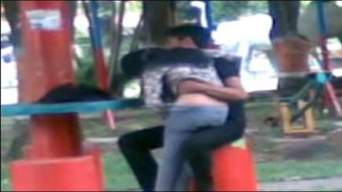 Kami Tak Buat Apa Apa Ustaz Ungkap Pasangan Kantoi Di Taman