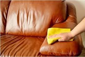 cara membersihkan sofa