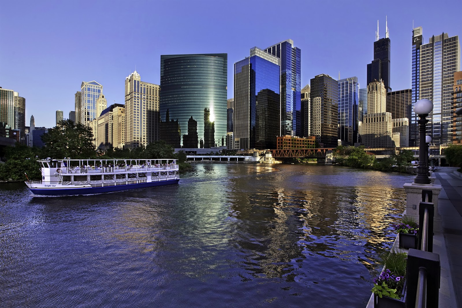 the chicago architecture foundation river cruise | beautiful