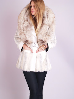 Vintage 1960's white fox fur coat with huge collar and belted waist