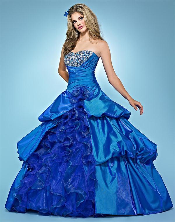 foto de vestido de 15 anos color azul