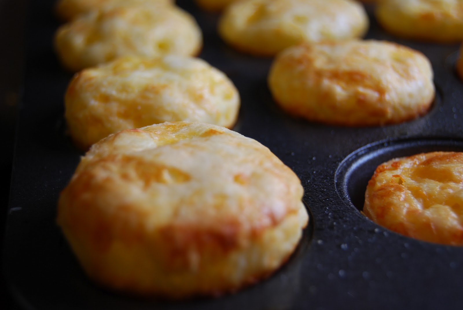 egg and cheese puffs