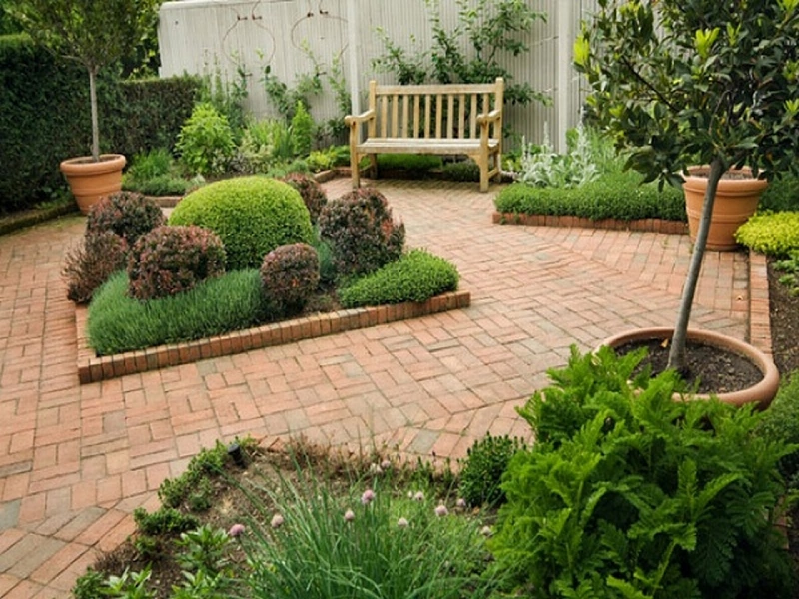 Small garden design ideas cool little garden for Garden layout ideas small garden
