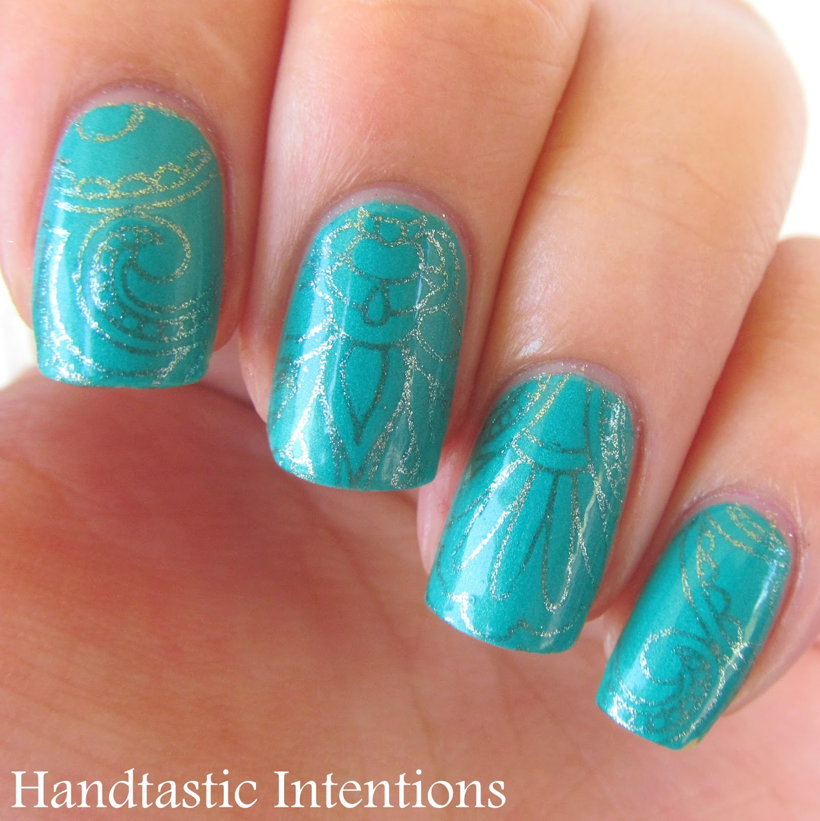 Handtastic Intentions: Nail Art: Turquoise Stamping