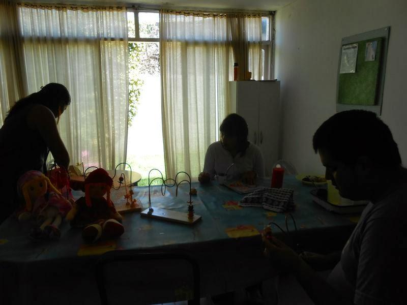 La Cámpora Benito Juárez entrega juegos didácticos en APADEA